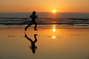 running-at-the-beach